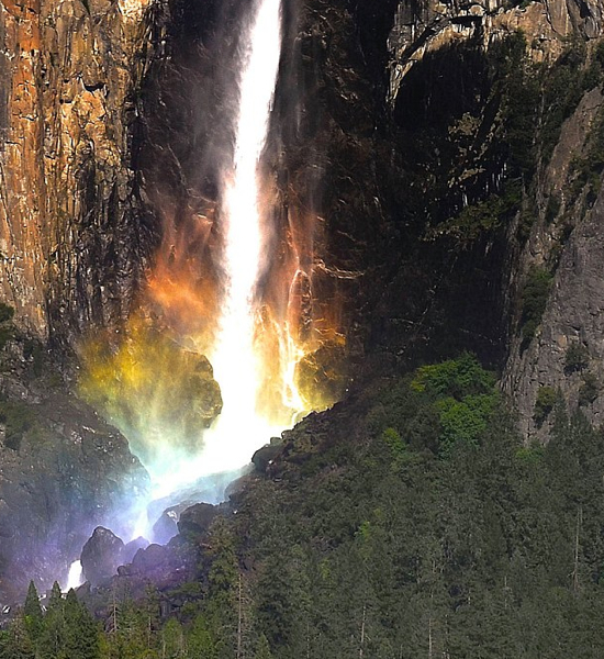 Secondview Yosemite Rainbow Fall
