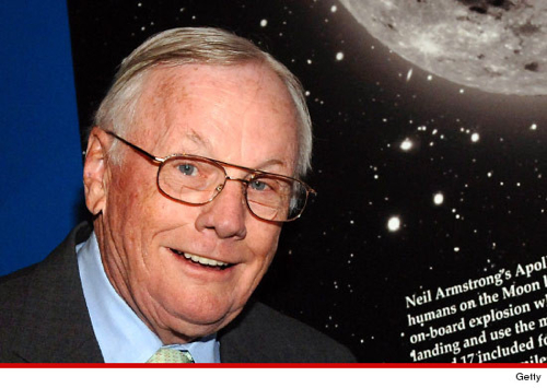 -Neil-Armstrong-2