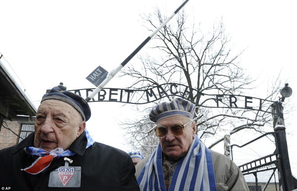 2Elderly Holocaust Survivors
