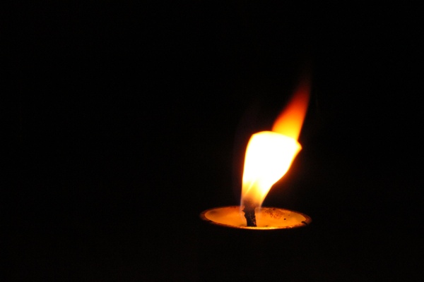 Flamedance Candle