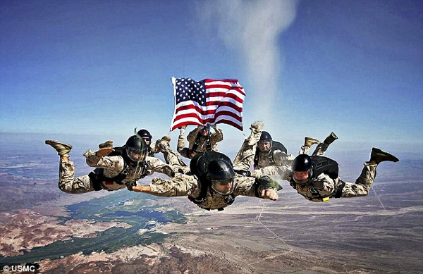  Marines Skydive Scattering 