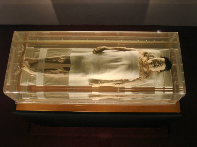Mummy-Under-Glass