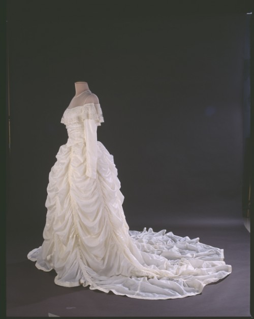 Parachute-Wedding-Dress